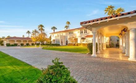luxury-group-home